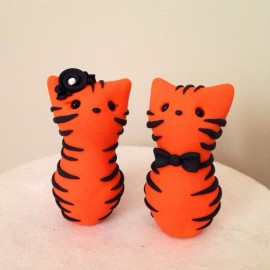 Custom Tiger Cat Wedding Cake Toppers